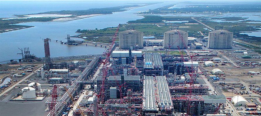 За счет наращивания СПГ-потенциала. США в 2020 г. станут чистым экспортером энергоресурсов