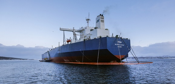 10-millionth tonne of oil shipped under Gazprom Neft's Arctic logistics scheme