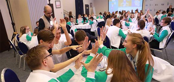 Газпром нефть запустила «школьный хэдхантер» для профориентации молодежи