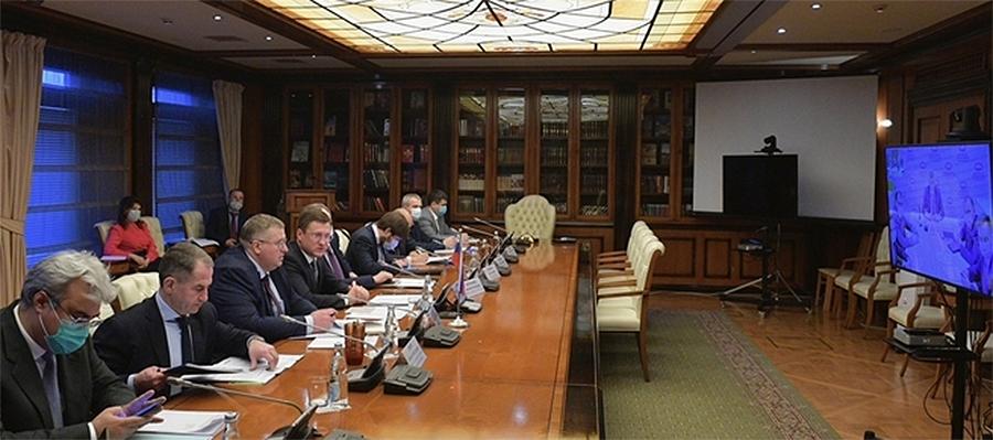 Россия и Белоруссия обсуждают экспорт белорусских нефтепродуктов через российские порты