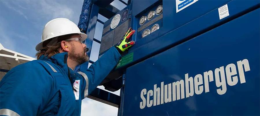 Schlumberger books $8.5 billion charge in 1st quarter