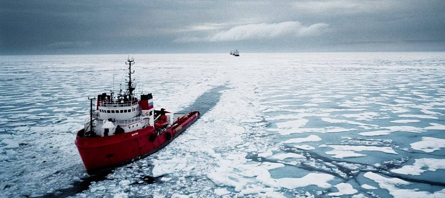 37 полярных станций обеспечили питанием и топливом с помощью ледокола «Михаил Сомов»