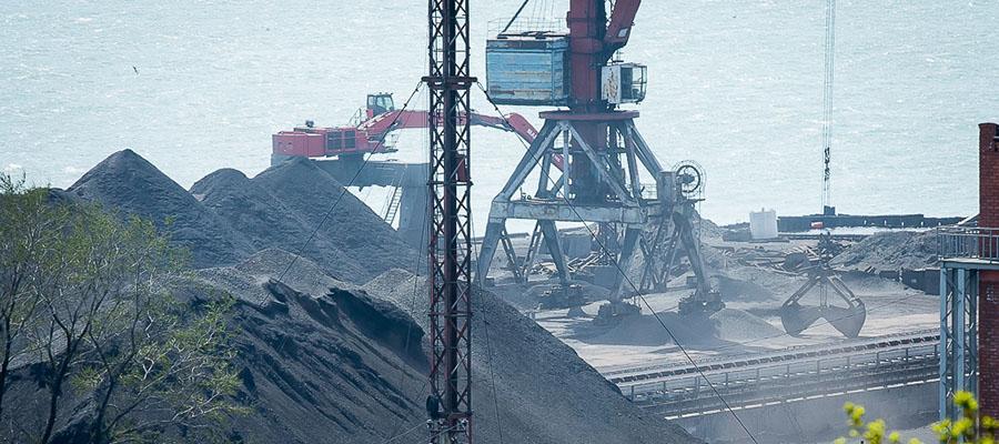 В Приморье рассчитывают, что к 2020 г. все стивидорные предприятия региона перейдут на закрытую перевалку угля