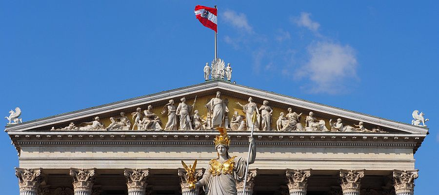 Austrian gas front summer, front year volume to remain high