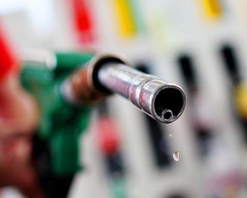 Бензин готов атаковать кошельки