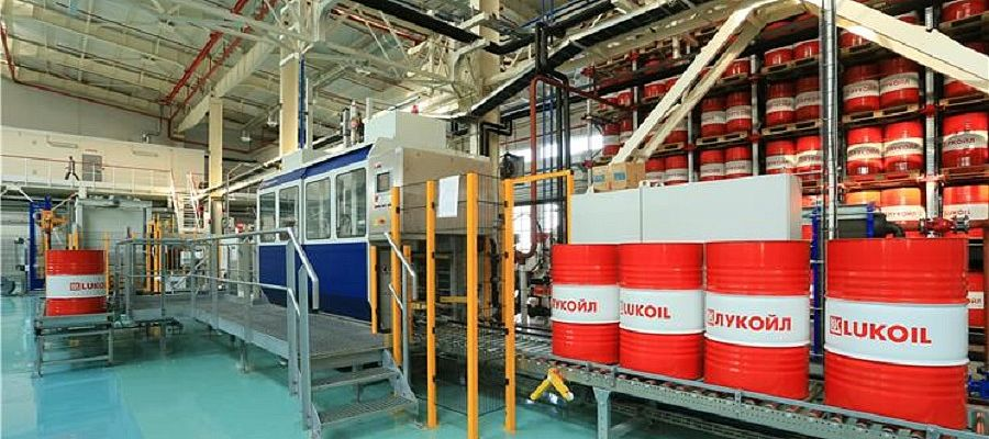 LUKOIL plant in Kazakhstan starts to deliver lubricants to China