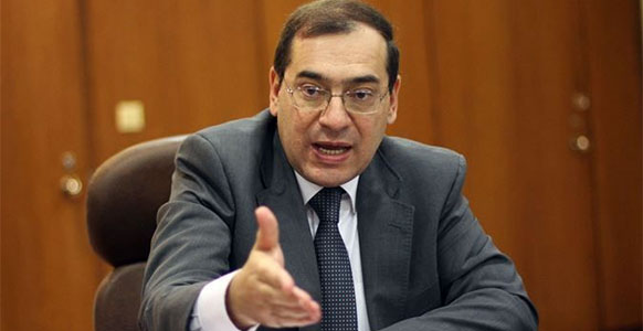 Egypt signs 3 oil and gas exploration deals worth $220 mln