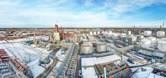 Антипинский НПЗ намерен начать производство вакуумного газойля с 2016 г