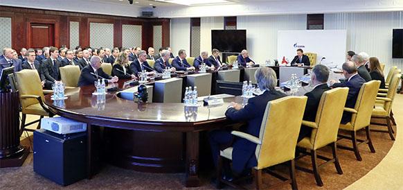 Основа российской газовой промышленности и лидер глобального энергетического рынка. А. Миллер подвел итоги 25 лет работы Газпрома. ВИДЕО