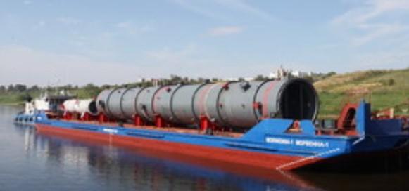 Волгограднефтемаш отправил по воде очередную партию крупногабаритного оборудования для Омского НПЗ
