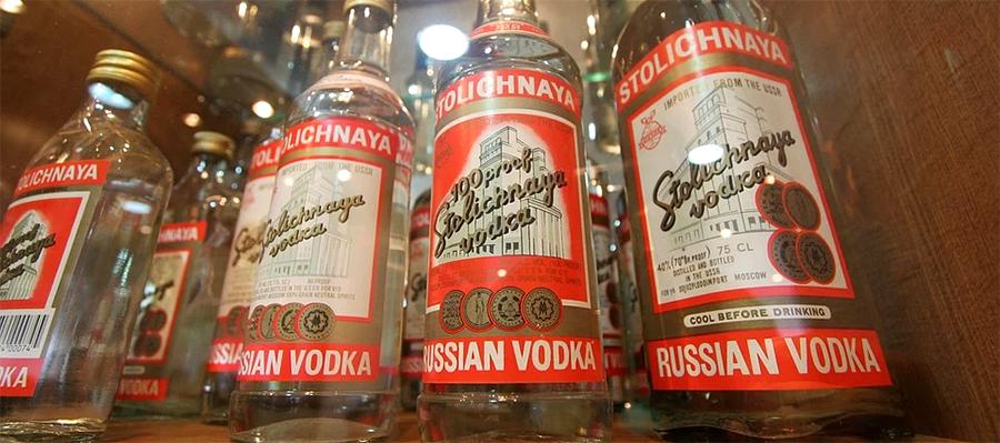 Бывшие акционеры ЮКОСа отсудили у России права на бренд водки «Столичная» в ряде стран