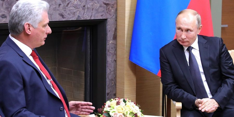 В. Путин и Д. Медведев провели переговоры с президентом Кубы М. Диас-Канелем