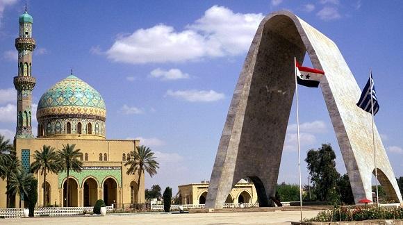Iraq seeks $100 billion investments to revive oil, transport sectors
