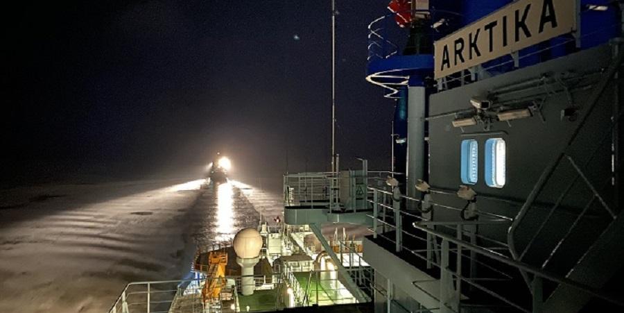 Атомный ледокол Арктика обеспечил 1-ю проводку в акватории Северного морского пути