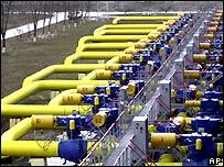 Украина временно увеличила транзит российского газа. На время интеграции 2-х ниток Северного потока