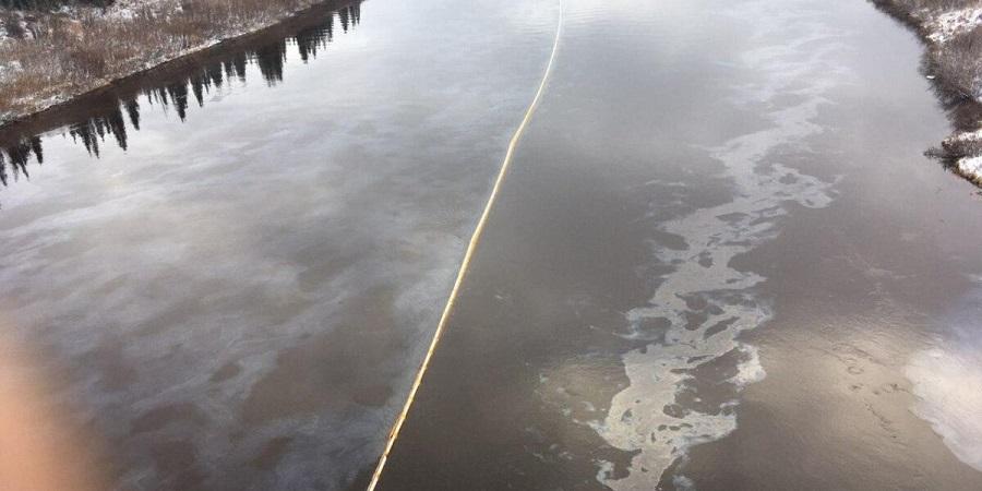 На нефтепроводе ЛУКОЙЛа на Харьягинском месторождении произошел разлив нефти