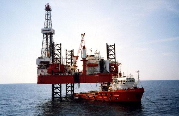 Большая нефть влечет Великобританию