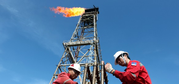 Rosneft and PV OIL Signed an Unprecedented Long Term Crude Oil Supply Contract