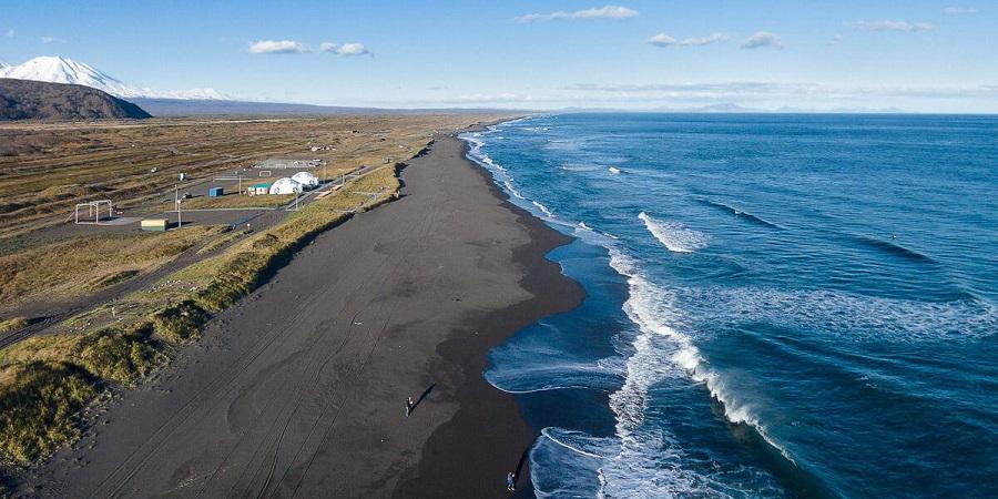 Гидрометслужба Камчатки обнаружила в прибрежных водах Тихого океана фенол и нефтепродукты