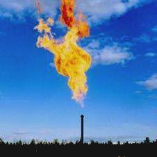 Постановление «О мерах по стимулированию сокращения загрязнения атмосферного воздуха продуктами сжигания попутного нефтяного газа на факельных установках» вступило в силу. С 1 января 2012 г