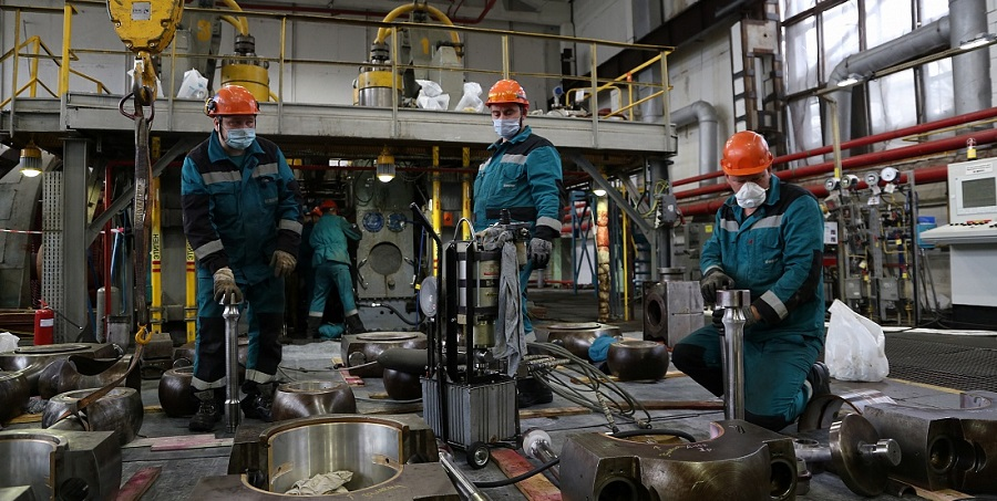 Томскнефтехим в 2 раза увеличил мощность производства триэтилалюминия и повысил производительность линий полиэтилена