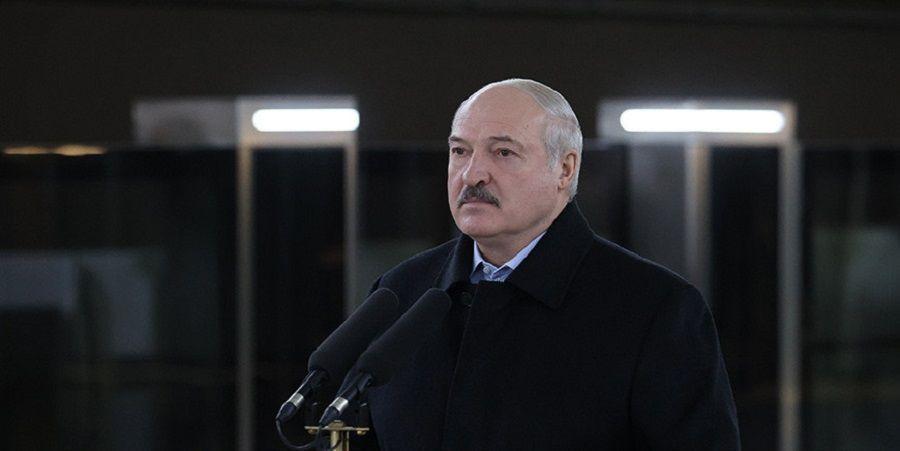 Lukashenko invites Azerbaijan to advance cooperation in oil industry