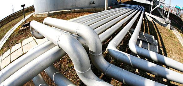 Почти на 30% больше. В 2017 г ЛУКОЙЛ-Коми заменит 310 км промысловых нефтепроводов