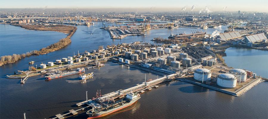 Петербургский нефтяной терминал увеличил отгрузку на 200 тыс. т