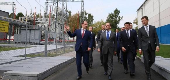 Глава Россетей на примере показал премьер-министру РФ Д. Медведеву эффекты от внедрения цифровых сетей