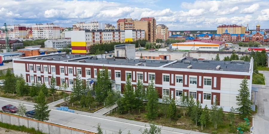 Газпром добыча Ямбург передало новоуренгойскому госпиталю кислородные концентраторы