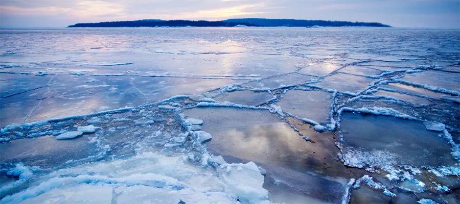 Правительство РФ готовит законопроект о допуске частных инвесторов к освоению арктического шельфа. Будут очереди желающих?