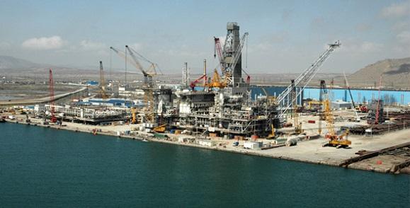 SOCAR занялась строительством платформы на месторождении Банка Дарвина в Каспийском море