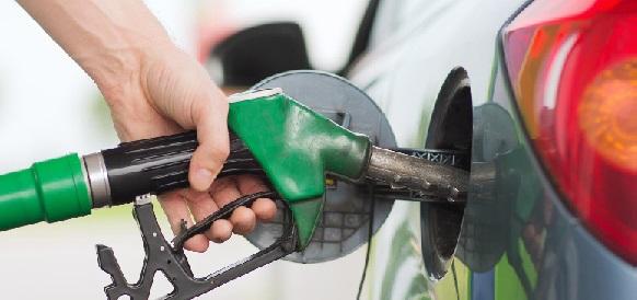 Цены на бензин на оптовом рынке выросли