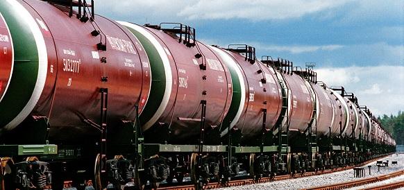 Распродажа сработала не очень. РЖД перевезли 300 тыс т нефтепродуктов из Белоруссии после введения скидок