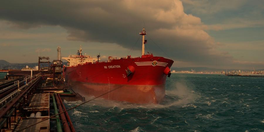 Часть российских портов приостановила отгрузку нефти на экспорт из-за шторма