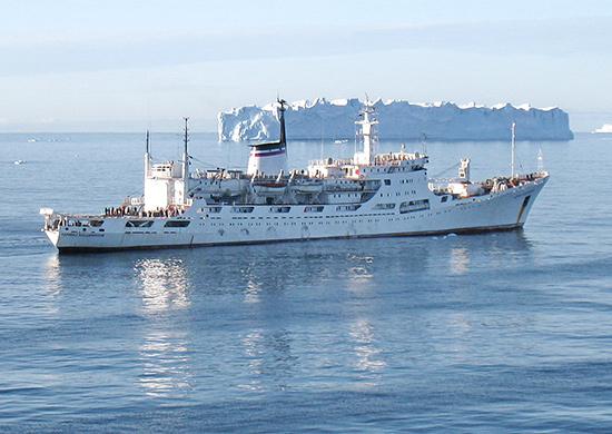 Океанографическое исследовательское судно «Адмирал Владимирский» произвело маршрутный промер глубин на переходе из Балтики в Средиземное море