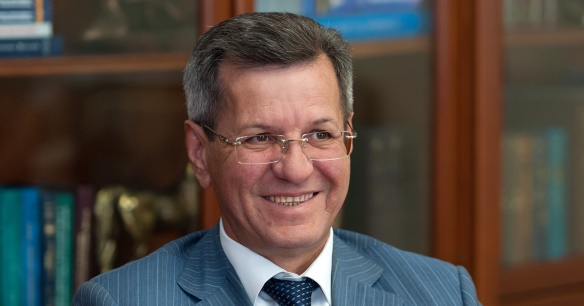 Астраханский губернатор А. Жилкин призвал депутатов добиваться в Госудме РФ возвращения в регион налогов от проектов ЛУКОЙЛа