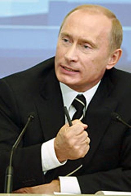В.Путин одобряет повышение цен на бензин