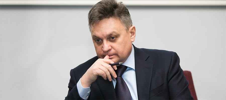 Замглавы Минэнерго РФ А. Черезов освобожден от занимаемой должности