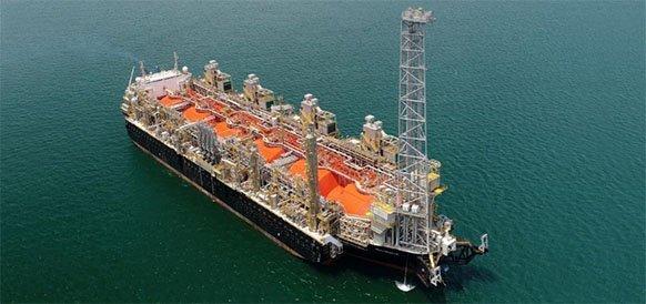 Газпром загрузил 1-й танкер-газовоз с плавучего СПГ-завода Hilli Episeyo в Камеруне