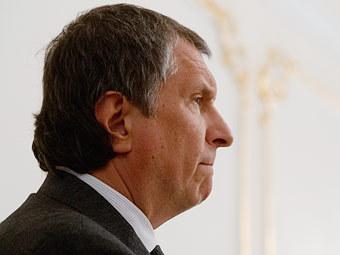 И.Сечин проведет в конце августа 2013 г переговоры с CNPC о доступе Роснефти на розничный рынок топлива Китая