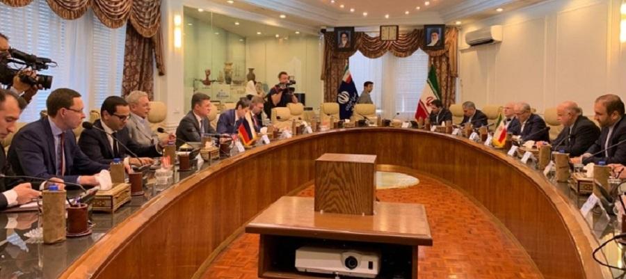 А. Новак провел переговоры с министром нефти Ирана Б. Зангане