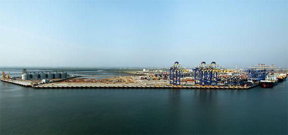 ExxonMobil меняет вектор. Компания планирует построить СПГ-терминал в Пакистане, но уже другой