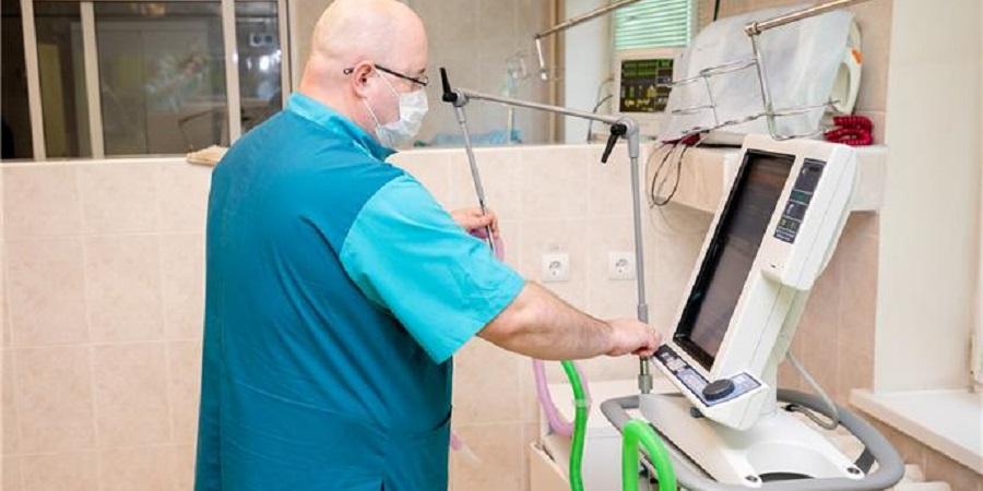 В рамках помощи ЛУКОЙЛа регионам РФ в борьбе с COVID-19 в больницу г. Усинск доставлены аппараты ИВЛ