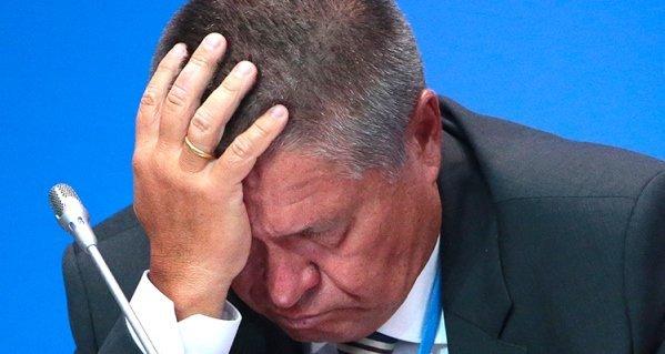 Утратил доверие. В. Путин уволил А. Улюкаева с поста главы Минэкономразвития РФ