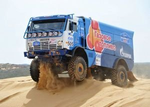 Газовый КАМАЗ вошел в тройку лидеров Africa Eco Race 2015