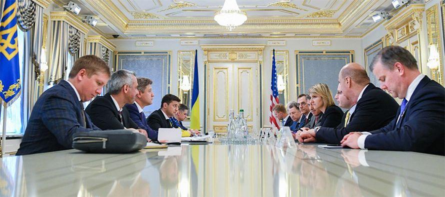 Maros Sefcovic calls for 'quick progress' on EU-Ukraine-Russia talks