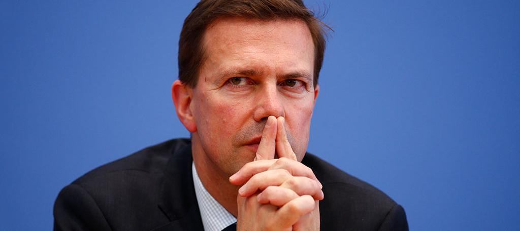Их решение. Правительство ФРГ отреагировало на выход немецких компаний из проекта Северный поток-2