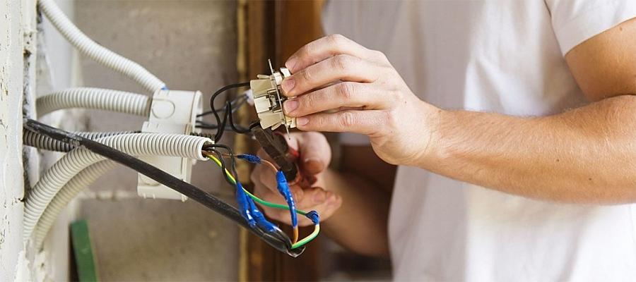 В России могут быть введены обязательные проверки электропроводки в квартирах