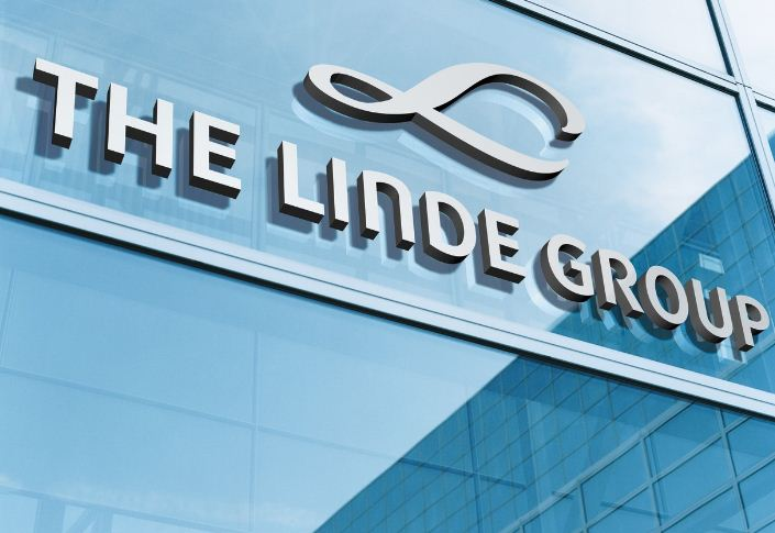 German Linde and U.S. Praxair agree outline for a $65 billion-plus merger